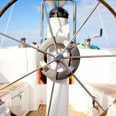 wheel_sailing_yacht