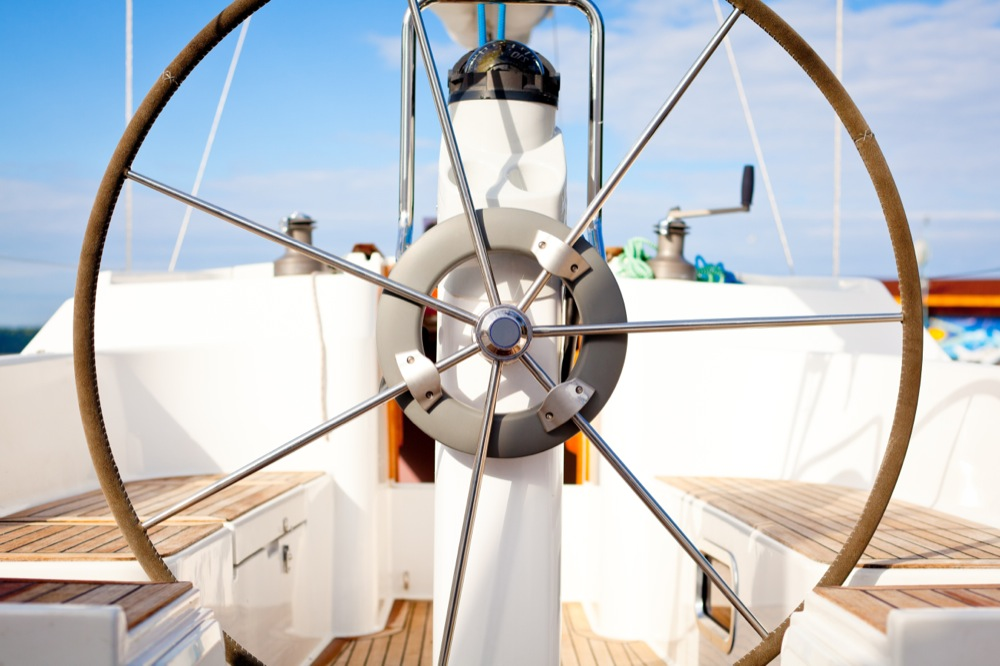 wheel_sailing_yacht