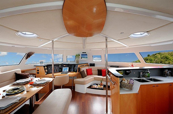 Fountaine Pajot_3