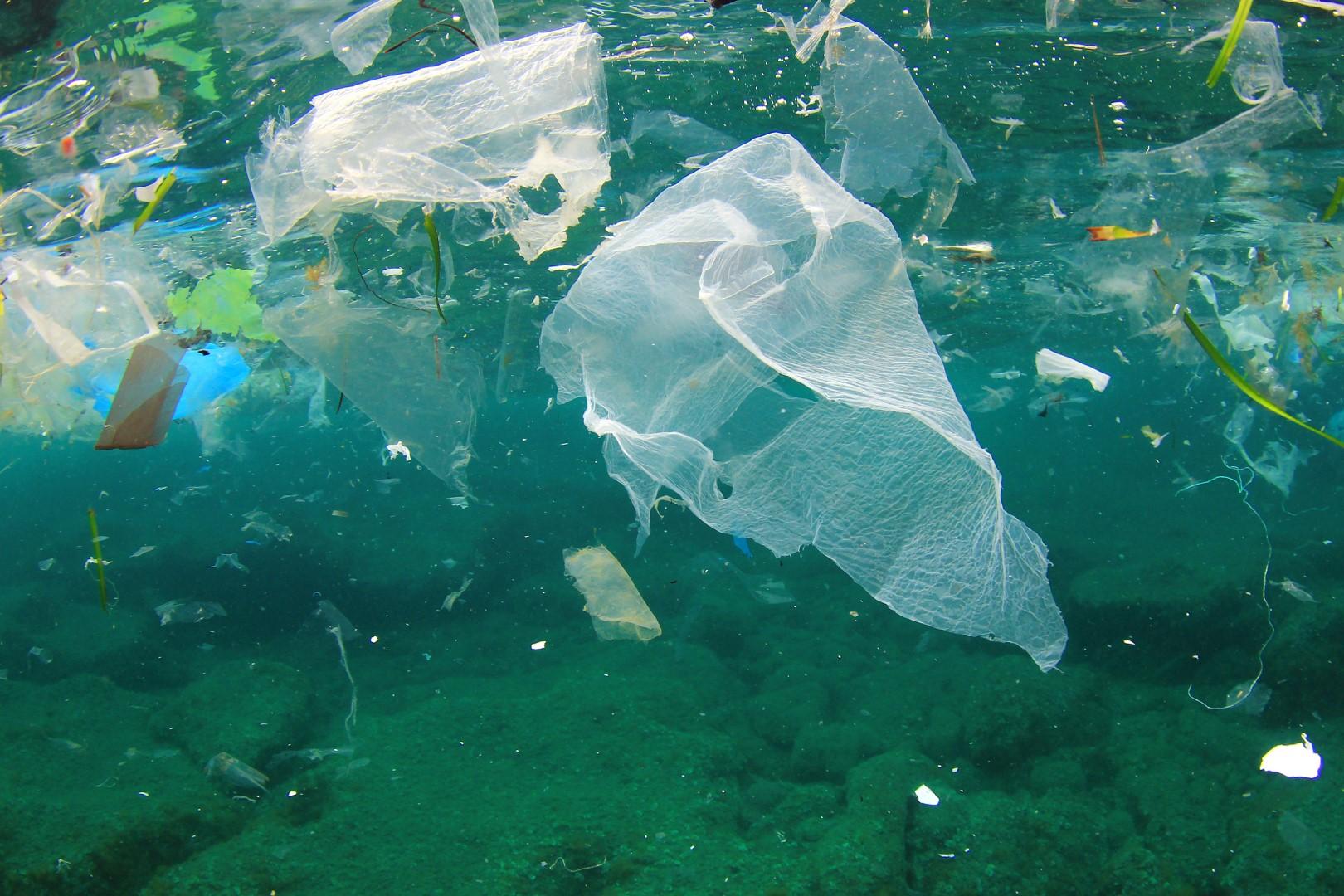 Ocean_poluttion_rubbish