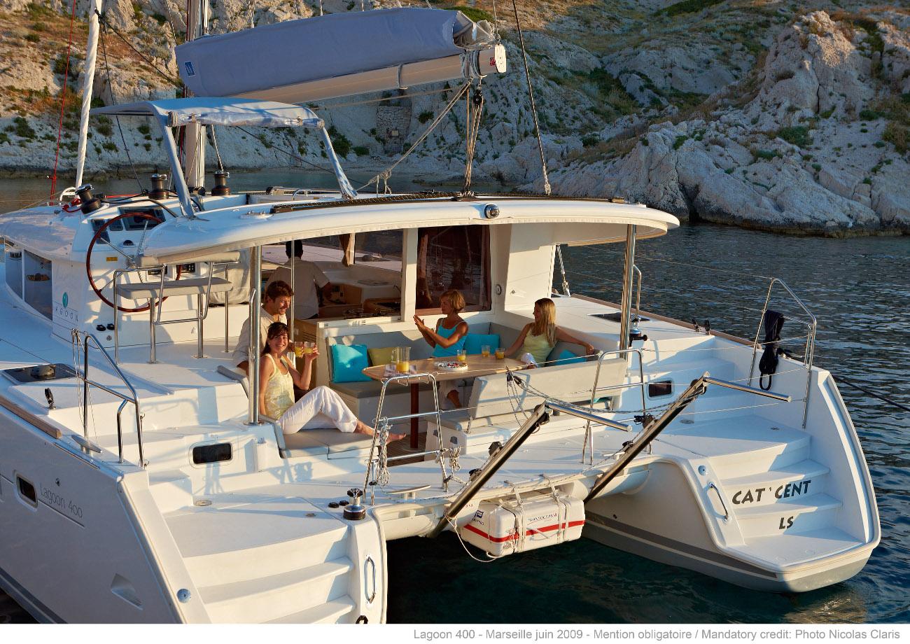 The Hynes Honeymoon! - sailblogs.com