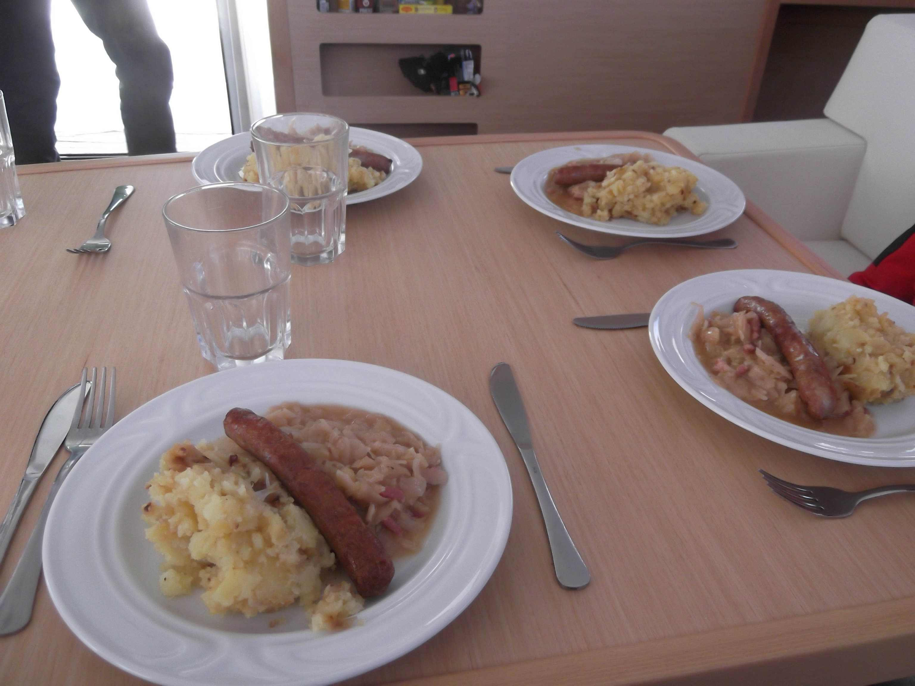 Sausages with kraut and potatoes