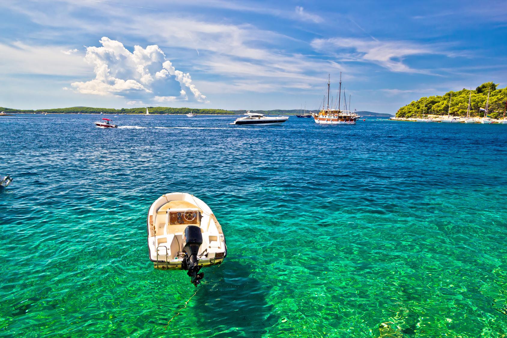 Paklinski islands anchorage