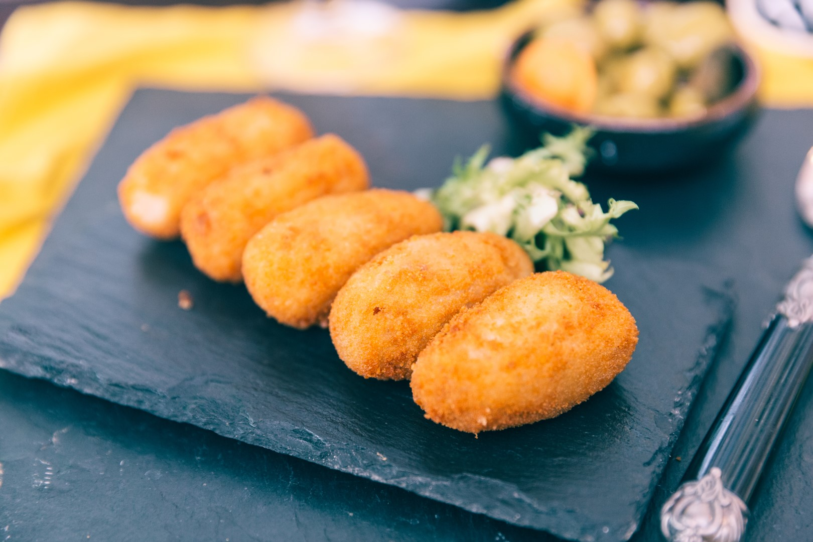 Croquetas with chicken