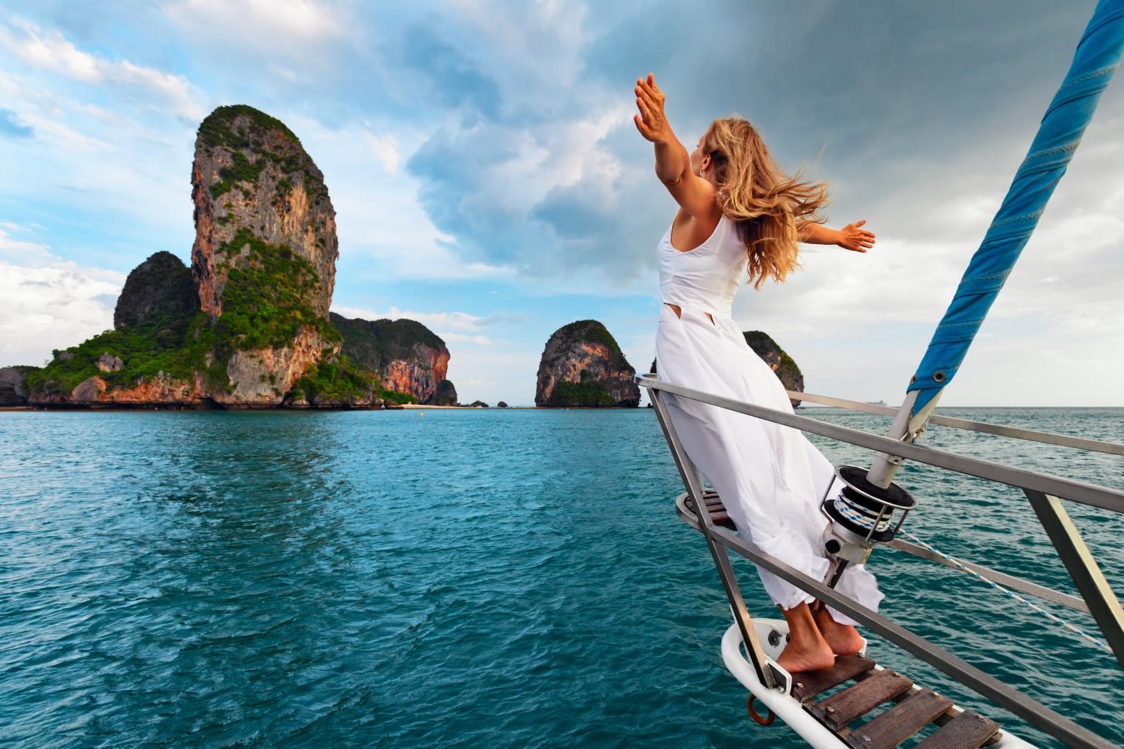 Woman_Sailing_Thailand