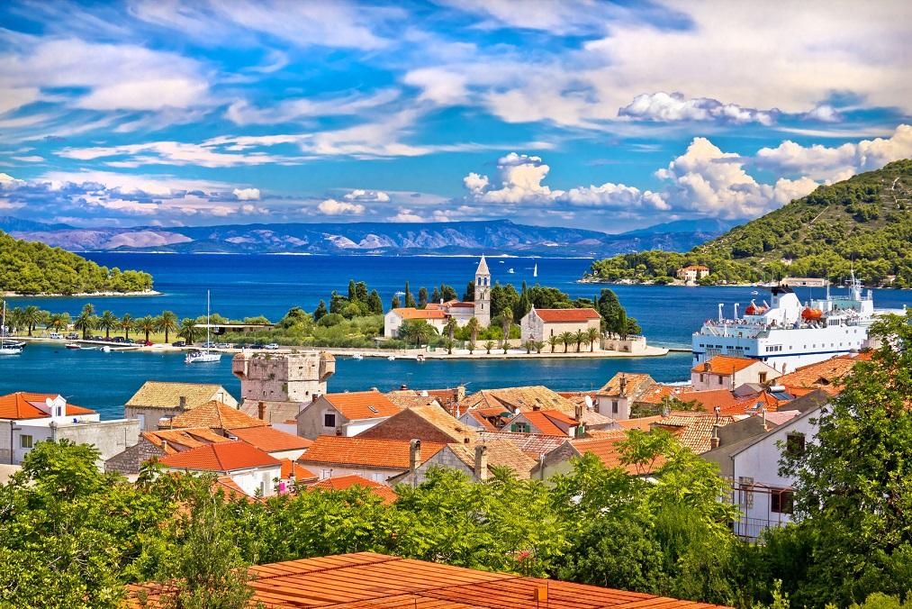 mamma-mia-vis-island-split-region-croatia