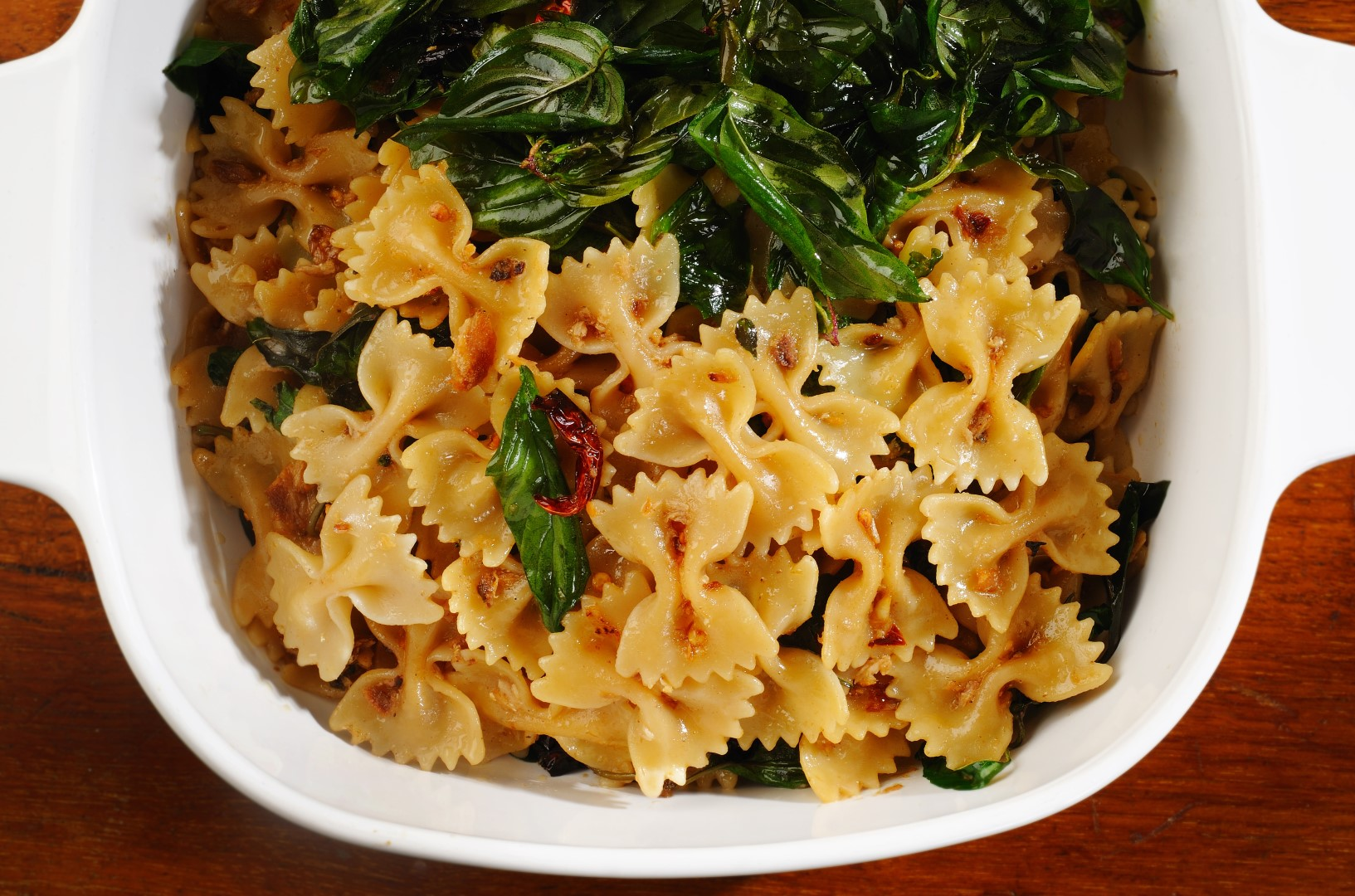 Simple meals - Farfalle with anchovies