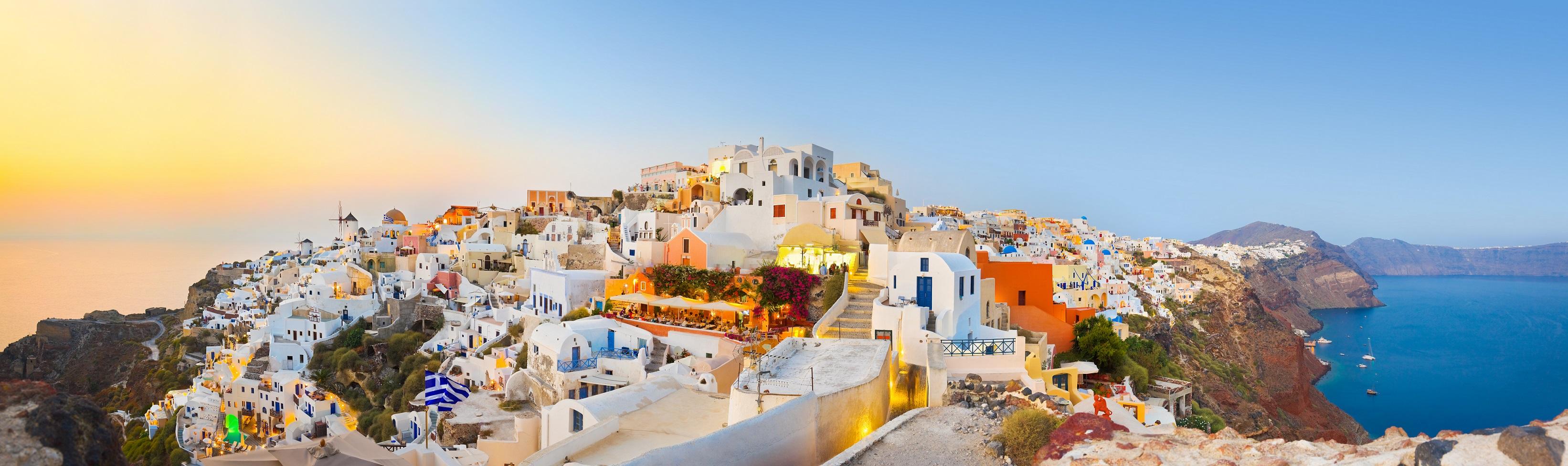 Greece-Cyclades-Islands-Santorini-yacht-charter