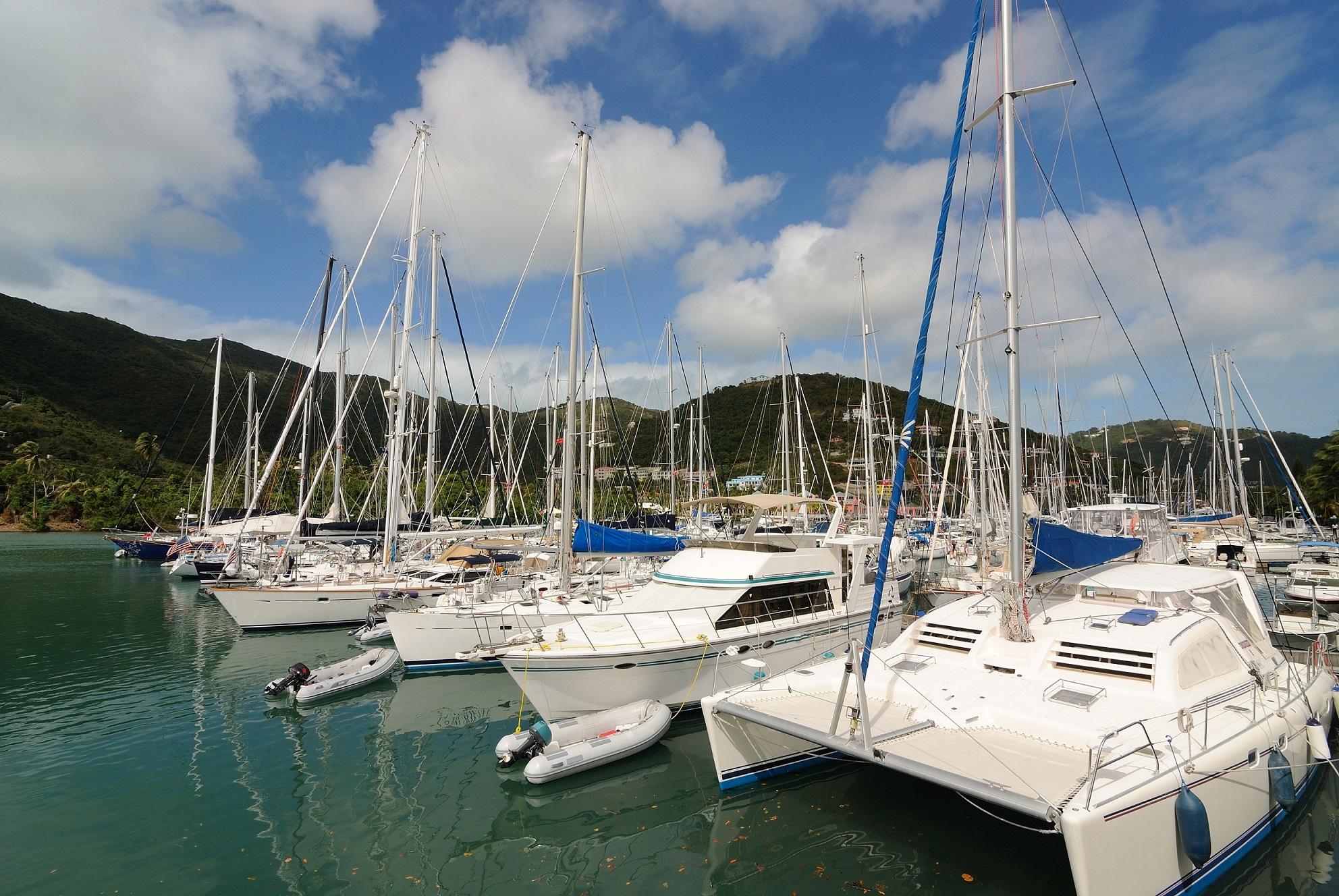 charter-marina-boat-base-fleet-sailing-yacht-3