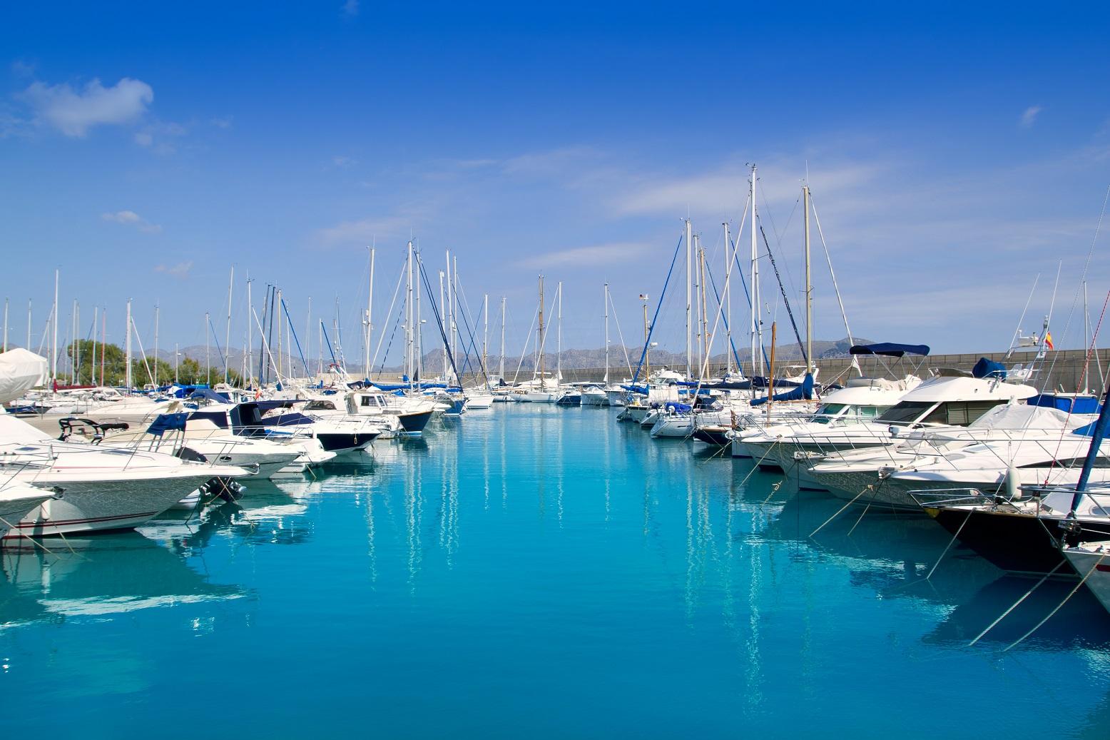 charter-marina-boat-base-fleet-sailing-yacht-4