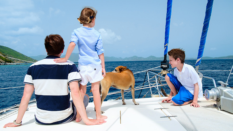 Sailing with children and pets